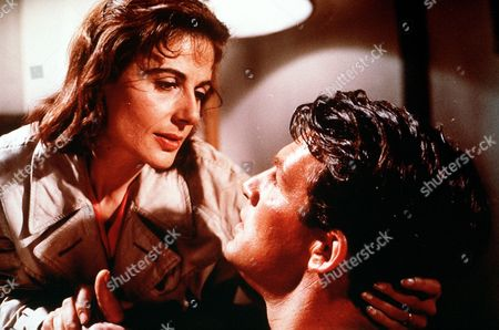 'Passionate Summer'  - Douglas Lockwood (Bill Travers) has a romantic moment with Mrs.Pawley (Yvonne Mitchell).