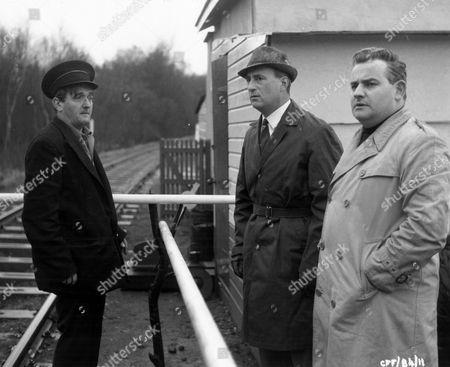 'Runaway Railway'  Film - Graham Stark, Sydney Tafler and Ronnie Barker.