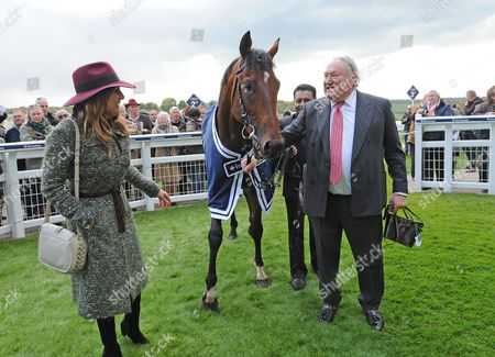 Epsom Racecourse Spring Meeting The Investec Derby Trial. Anthony Oppenheimer with Cracksman after winning.