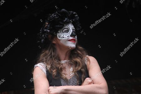Kirsty Bushell as Juliet