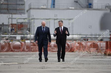 Chernobyl stock photos editorial images and stock pictures ukrainian president petro poroshenko r and his belarussian counterpart alexander lukashenko l freerunsca Images