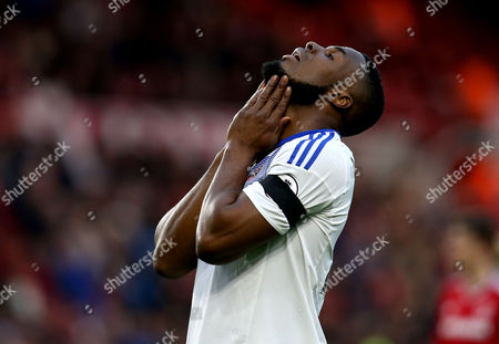 Victor Anichebe of Sunderland cuts a frustrated figure
