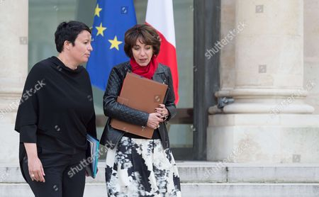 French Junior Minister for Local Authorities, Estelle Grelier and French Minister of Health and Social Affairs, Marisol Touraine leave after the weekly cabinet meeting at Elysee Palace