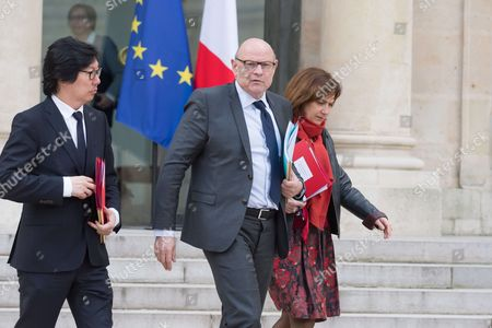 Stock Photo of French Junior Minister for State reform and simplification, Jean-Vincent Place, French junior minister for Development and Francophony, Jean-Marie Le Guen and French Minister for Family, Children and women's rights, Laurence Rossignol leave after the weekly cabinet meeting at Elysee Palace