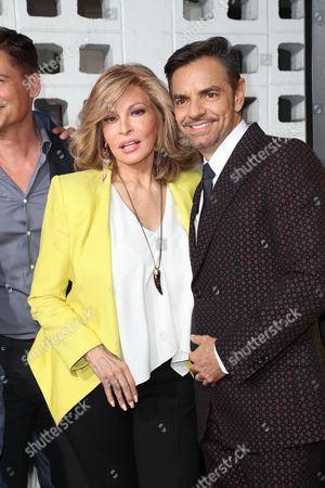 Raquel Welch and Eugenio Derbez