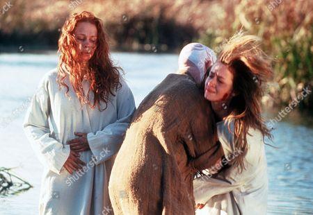 'Boudica' AKA 'Warrior Queen' - TV - Isolda (Emily Blunt), Siora (Leanne Rowe)