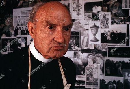 Stock Picture of 'Inspector Morse' - TV programme - 'Fat Chance', Maurice Denham