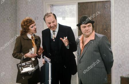 'Sez Les'  TV - 1972 - Les Dawson with Harry Towb