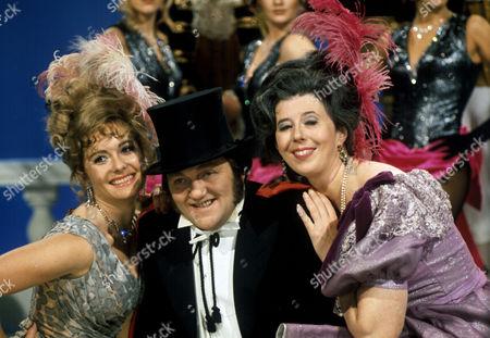 'Sez Les'  TV - 1972 - Les Dawson and Damaris Hayman