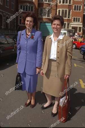 New Labour Female Mps Arrive At Parliament. Showing Gillian Merron 38 Lincoln And Gisela Stuart 41 Birmingham Edgbaston.