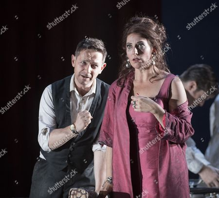 Iestyn Davies as Francisco, Amanda Echalaz as Lucia