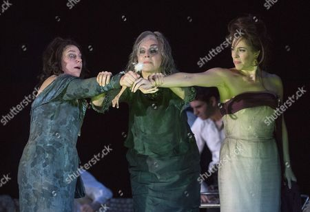 Christine Rice as Blanca, Anne Sophie von Otter as Leonora, Audrey Luna as Leticia