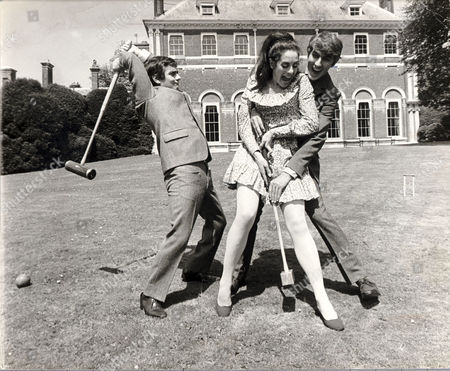 Dudley Moore (l) And Peter Cook With Eleanor Bron Filming Bedazzled At Beaconsfield Today.