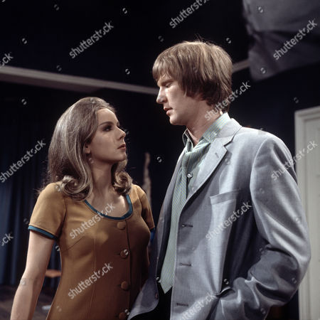'Love Story - A Man Alone' - The Bodyguard   TV Dennis Waterman and Philippa Gail