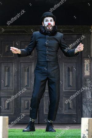 Stock Image of Gareth Snook (Lord Capulet)
