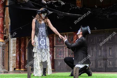 Stock Photo of Kirsty Bushell (Juliet), Edward Hogg (Romeo)