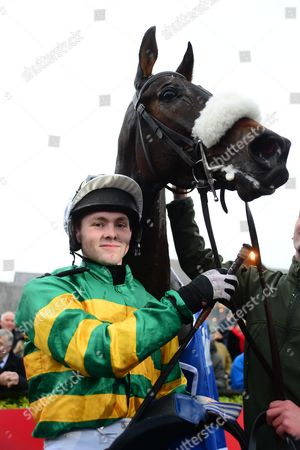 PUNCHESTOWN. DEAD RIGHT and John Joe O'Neill won for trainer Neil Mulholland.