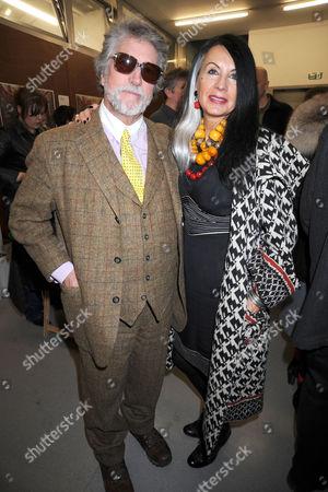 Justin de Villeneuve and wife