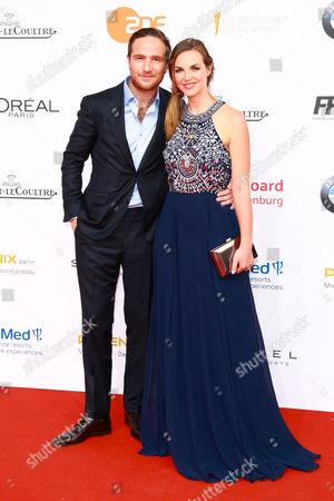 Frederick Lau mit Ehefrau Annika Kipp