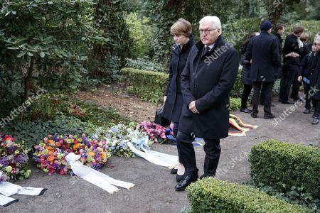 Frank-Walter Steinmeier and Elke Buedenbinder