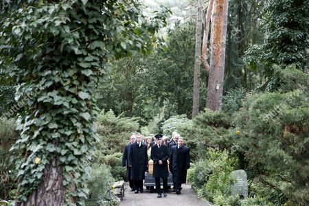 The coffin of The coffin of Michael Ballhaus is carried to the grave at is carried to the grave at the Grunewald cemetery in Berlin, Germany, 29 April 2017. Ballhaus died at the age of 81 on 12 April 2017.