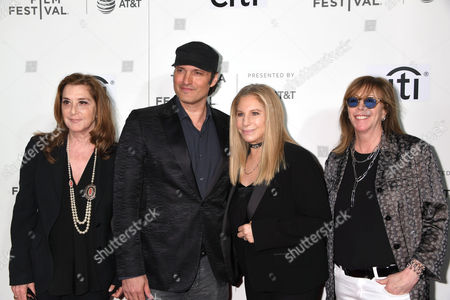 Paula Weinstein, Robert Rodriguez, Barbra Streisand and Jane Rosenthal