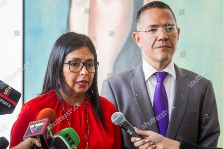 Ernesto Villegas and Delcy Rodriguez