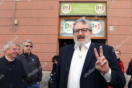 Puglia Governor Michele Emiliano arrives to vote for the PD (Democratic Party) leadership primaries in Bari, southern Italy, 30 April 2017. Former premier Matteo Renzi is by far the front-runner in the PD leadership race, ahead of Justice Minister Andrea Orlando, while Puglia Governor Michele Emiliano is lagging far behind in third place.