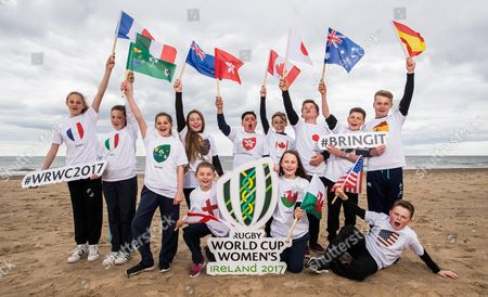 REPRO FREE***PRESS RELEASE NO REPRODUCTION FEE***. 100 Days Until The Women?s Rugby World Cup, Brittas Beach, Co. Wicklow 30/4/2017. 12 players from Wicklow Rugby Club were on hand to welcome the 12 competing teams taking part in this year's Women's Rugby World Cup. The tournament starts on 9th August in UCD before travelling to Belfast. . Limited additional tickets for sold out games have been released via Ticketmaster. Pictured today (L-R) Ava-Paris Neiland (France), Jessica Griffey (Italy), Mya Neiland (Ireland), Maya Gaynor (New Zealand), Amelie Birrell (England), Arun Ladwa (Hong Kong), Thomas Quinn (Canada), Mia Gillanders (Wales), Dan Seymour (Japan), Eamonn Goddard (Australia), Adam Ralph (Spain) and Conor Mitchell (USA)