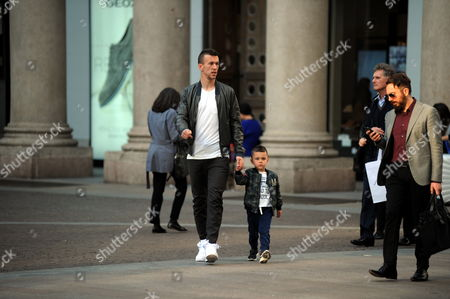 Stock Picture of Leonardo Ivan Perisic and son