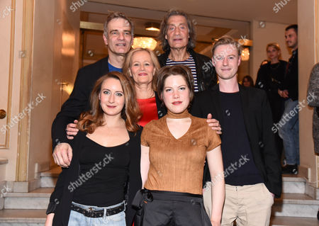 Luise Schubert, Heinrich Schafmeister, Claudia Rieschel, Winfried Glatzeder, Annelena Mueller and Eric Bouwer