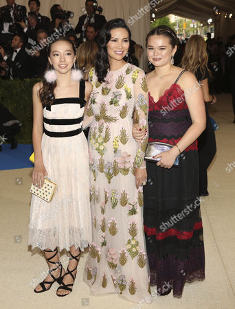 Chloe Murdoch (L) Wendi Deng Murdoch (C) and Grace Helen Murdoch (R)arrives on the red carpet for the Metropolitan Museum of Art Costume Institute's benefit celebrating the opening of the exhibit 'Rei Kawakubo/Comme des GarÂ?ons: Art of the In-Between' in New York, New York, USA, 01 May 2017. The exhibit will be on view at the Metropolitan Museum of Art's Costume Institute from 04 May to 04 September 2017.