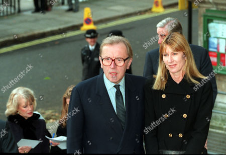 Sir David Frost And His Wife Lady Carina Arriving At St. Johns Church Smith Square This Morning For A Memorial Service For The Late Sir James Goldsmith.