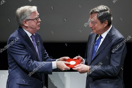 Stock Picture of Mario Draghi and Pat Cox