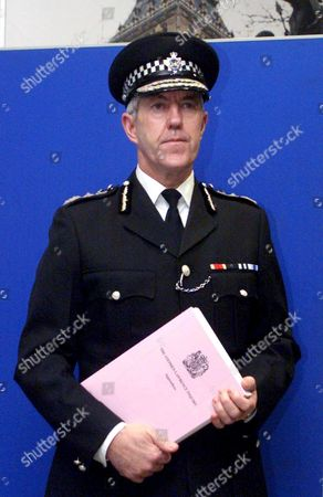 London United Kingdom - Metropolitan Police Commissioner Sir Paul Condon at Scotland Yard Wednesday 24 February 1999 Following the Publication of the Long-awaited Stephen Lawrence Inquiry the Report Produced by Sir William Macpherson of Cluny Into the Police Investigation of Black Teenager Stephen Lawrences Murder Branded the Metropolitan Police Institutionally Racist and Listed a Catalogue of Bungling Which Led to the Failure to Catch the Students Killers