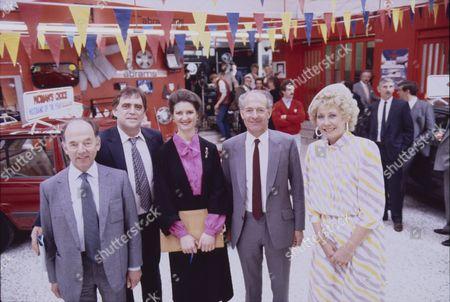 William Tarmey (as Jack Duckworht), Sandra Hunt (as Belinda Jackson) and Elizabeth Dawn (as Vera Duckworth) with Cast members