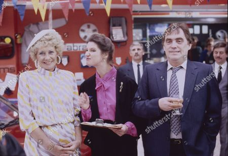 William Tarmey (as Jack Duckworht), Sandra Hunt (as Belinda Jackson) and Elizabeth Dawn (as Vera Duckworth)