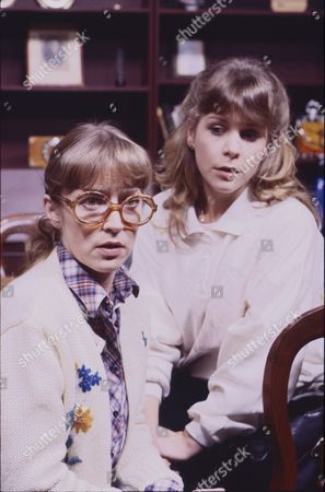 Anne Kirkbride (as Dierdre Barlow) and Wendy Jane Walker (as Susan Barlow)
