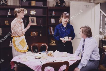 Anne Kirkbride (as Dierdre Barlow), Wendy Jane Walker (as Susan Barlow), William Roache (as Ken Barlow)