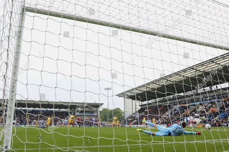 Editorial photo of Colchester United v Yeovil Town,  Sky Bet League Two, Football, Colchester Community Stadium, Colchester, UK - 06 May 2017