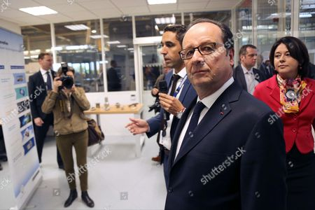 Francois Hollande, Sylvia Pinel - President Francois Hollande visiting the Liebherr-Aerospace factory