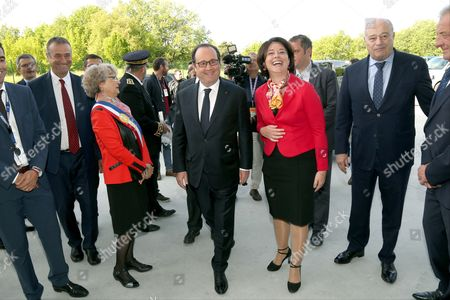 Francois Hollande, Sylvia Pinel and Jean-Michel Baylet - President Francois Hollande visiting the Liebherr-Aerospace factory