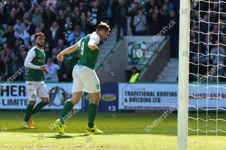 Grant Holt celebrates opening goal during the Ladbrokes Scottish Championship match between Hibernian and St Mirren at Easter Road, Edinburgh