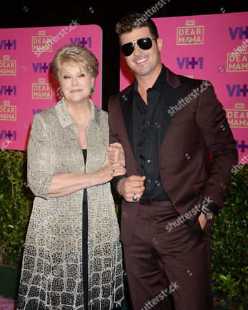 Robin Thicke and mother Gloria Loring