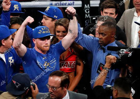 Editorial picture of Alvarez Chavez Jr Boxing, Las Vegas, USA - 06 May 2017