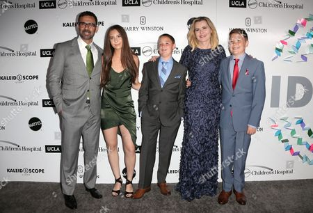 Reza Jarrahy, Geena Davis, daughter Alizeh Keshvar and twin sons Kian William and Kaiis Steven