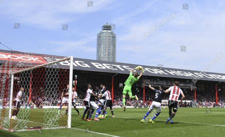 Brentford goalkeeper David Bentley catches a cross during the Sky Bet Championship match between Brentford and Blackburn Rovers played at Griffin Park, London on 7th May 2017