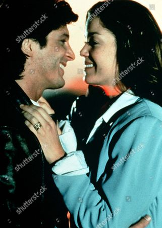 'A Wing and a Prayer' - Jack (Jeff Yagher) is reunited with wife Shelley (Claudia Christian) after a terrifying experience in the air.