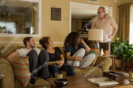 Stock Photo of Tyler Ross,, Debra Winger, Jessica Sula, Tracy Letts