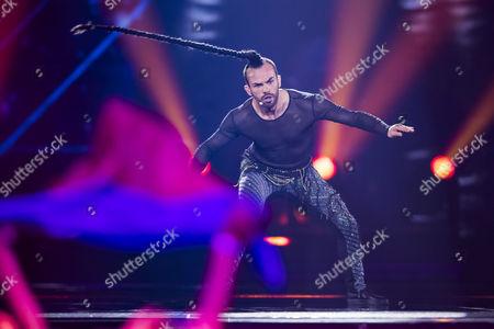 Slavko Kalezic of Montenegro performs his song 'Space'